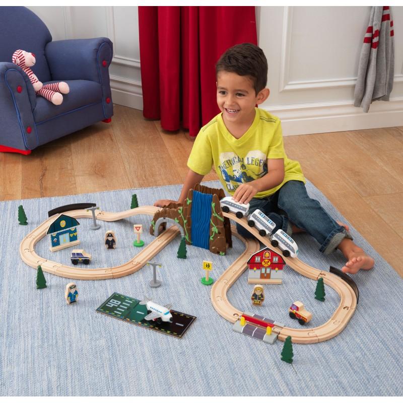 Trenulet din lemn Euro Express cu set de accesorii