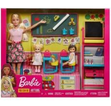 Papusa Barbie profesoara cu elevi, sala de clasa si accesorii