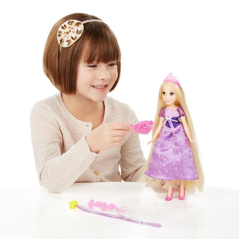 Papusa Rapunzel Disney cu accesorii pentru par