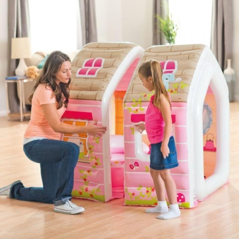 Casuta gonflabila pentru copii cu fotolii
