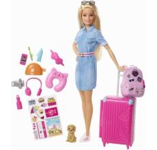 Papusa Barbie cu accesorii in calatorie