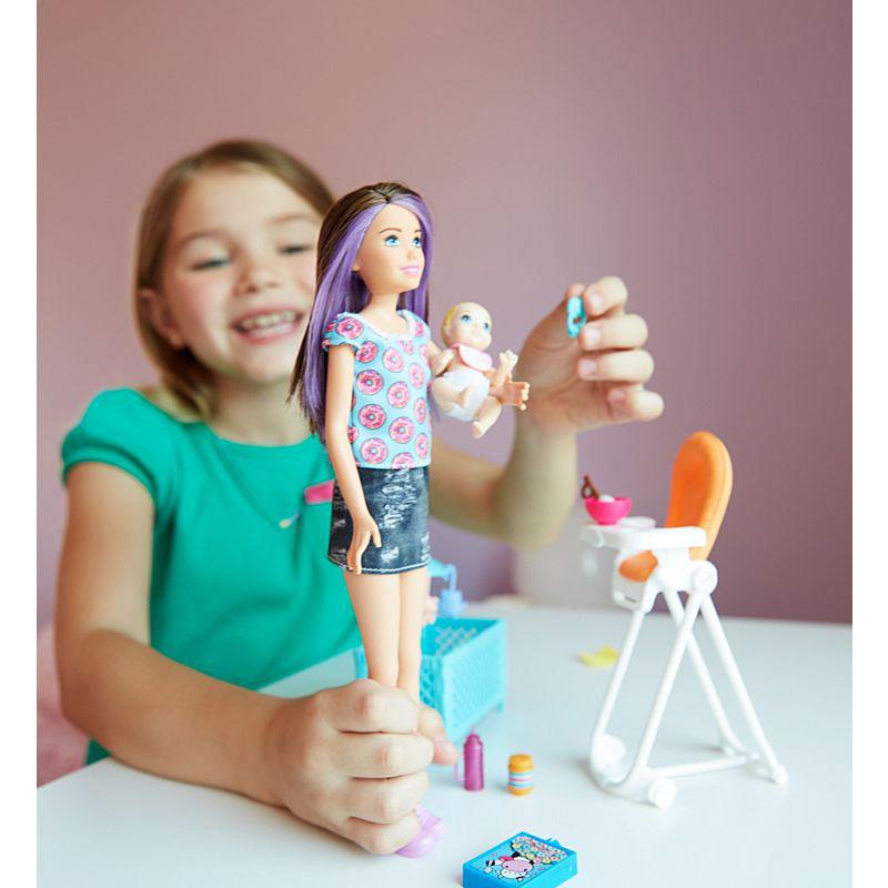 Papusa Barbie cu bebelus si diverse accesorii